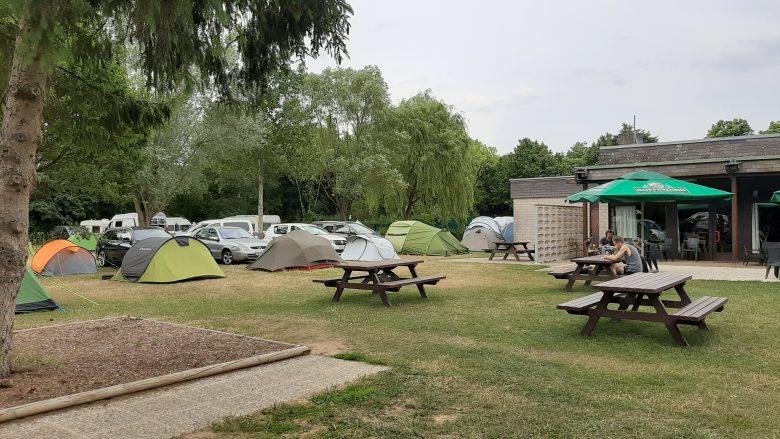 Z namiotem przez Benelux